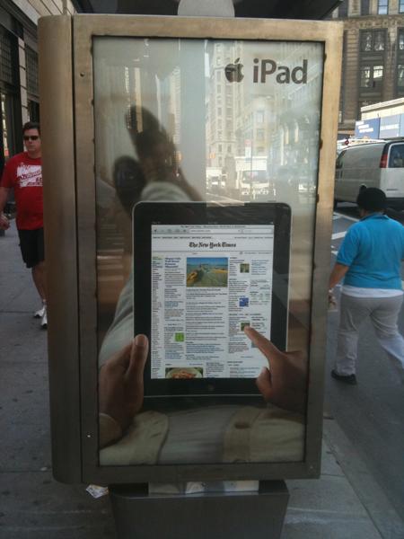ipad3 iPad Ads Hit the Streets of New York